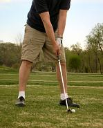 Golf training tips, move the front foot closer to the ball to avoid slicing